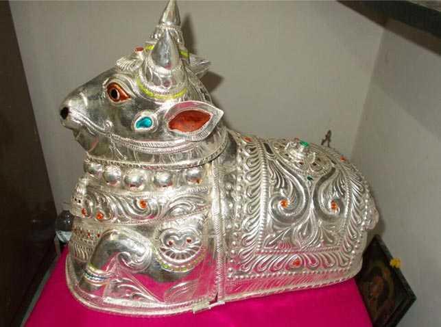 bronze God Idols manufactuer theni