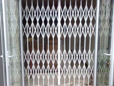 Steel Spring gate Manufacturer