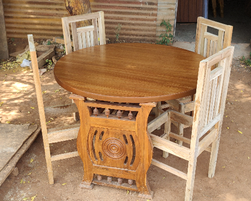 Wooden-dining-table-maker-theni