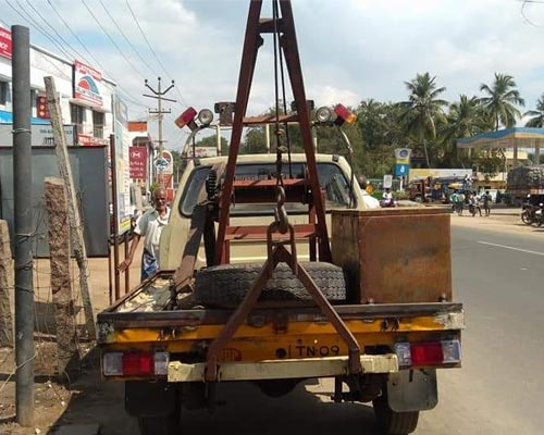Cumbum Hill Area Car Towing Kodai Road