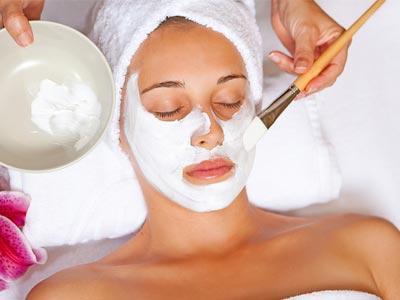 Facial Massage With Natural Ingredients