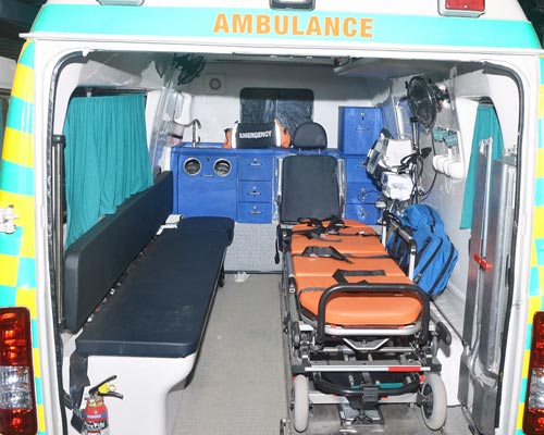 ventilator Ambulance Service chinnamanur